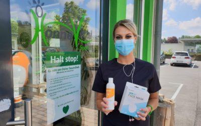 Desinfektionsmittel und Schutzmasken bei uns erhältlich